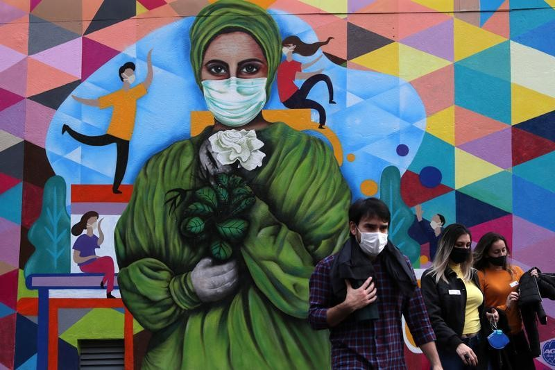Brazil reports 33,281 new coronavirus cases, 869 deaths