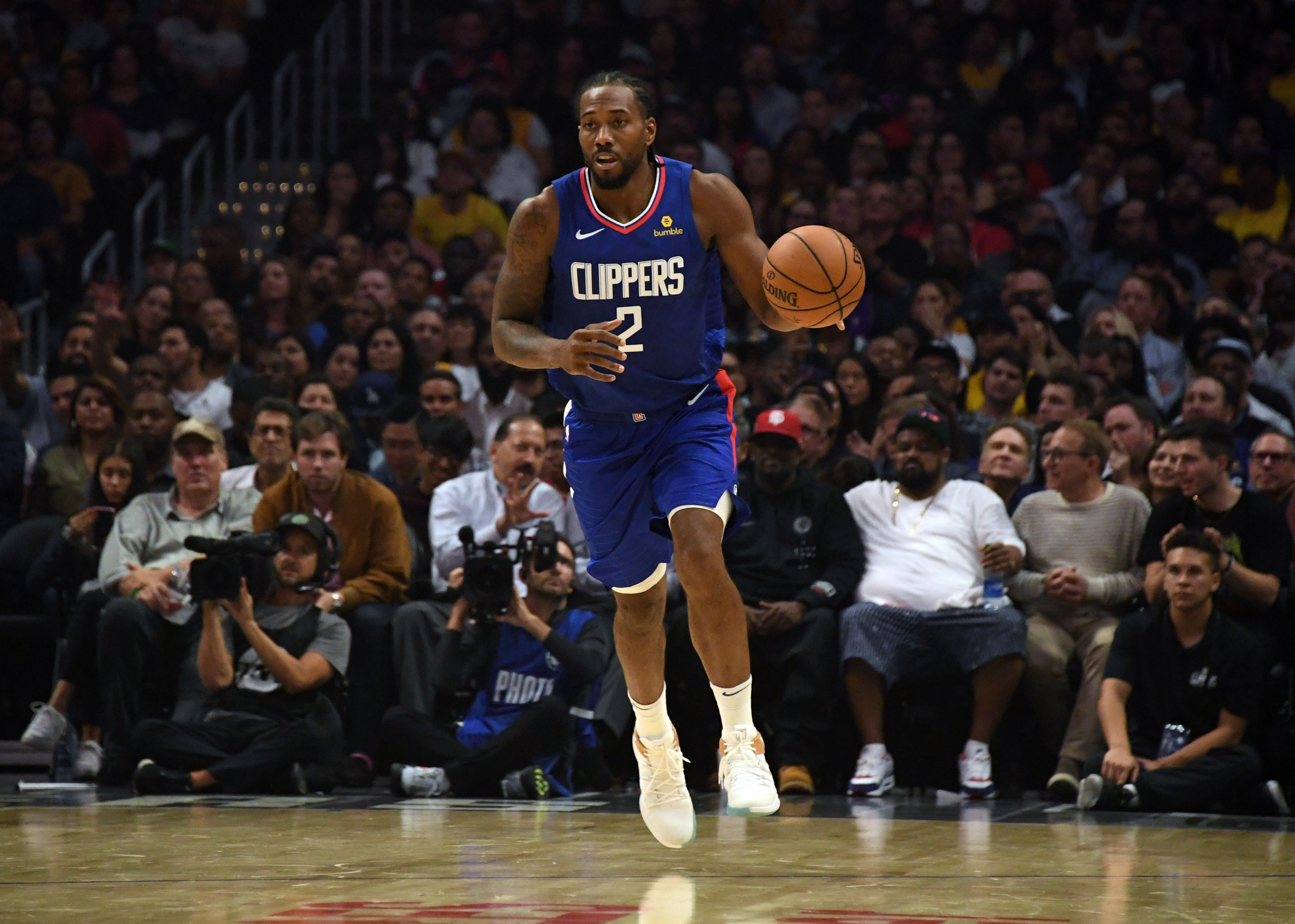 Leonard brings his NBA dominance to dangerous Clippers