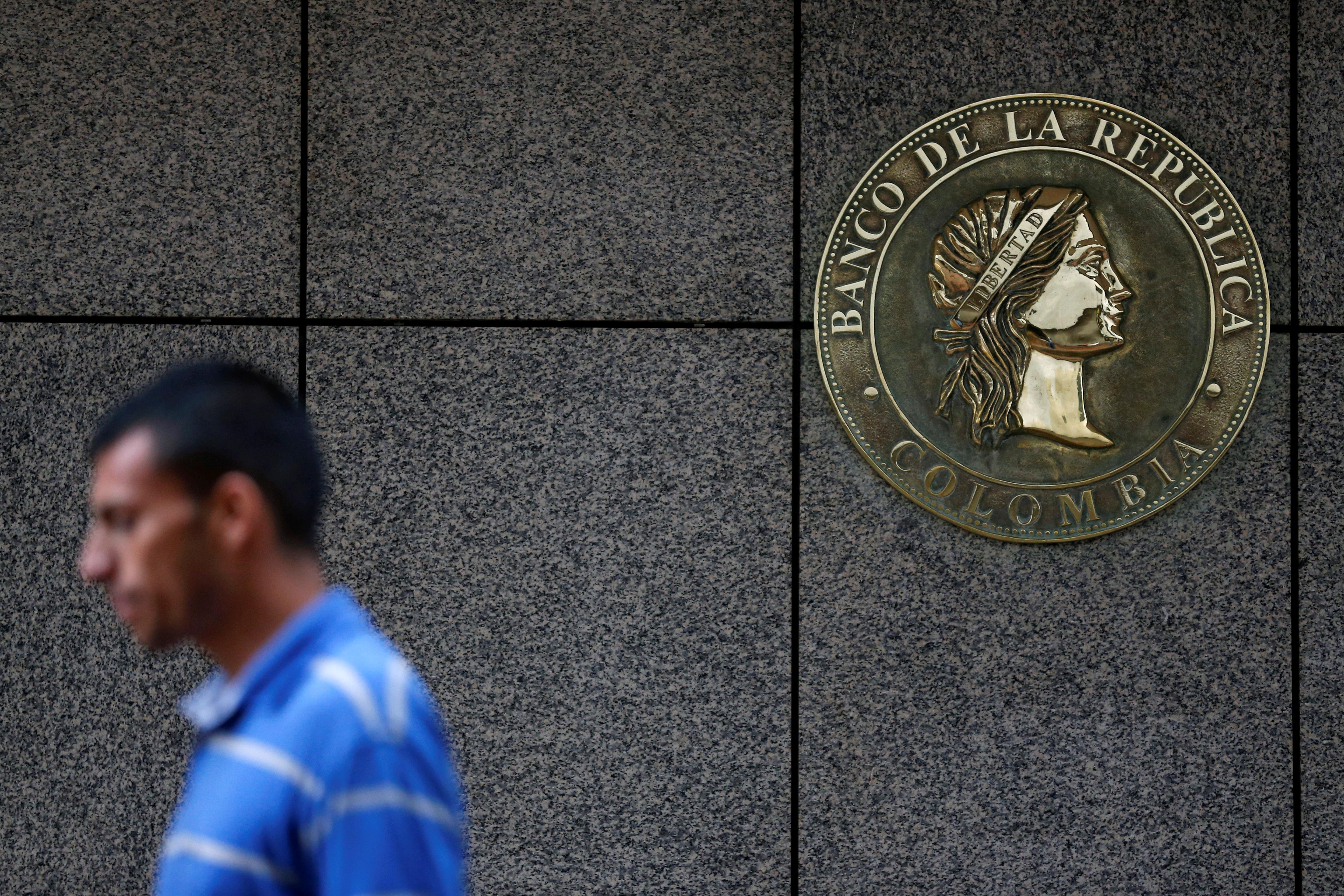 Economía de Colombia crece 2,7 pct en tercer trimestre