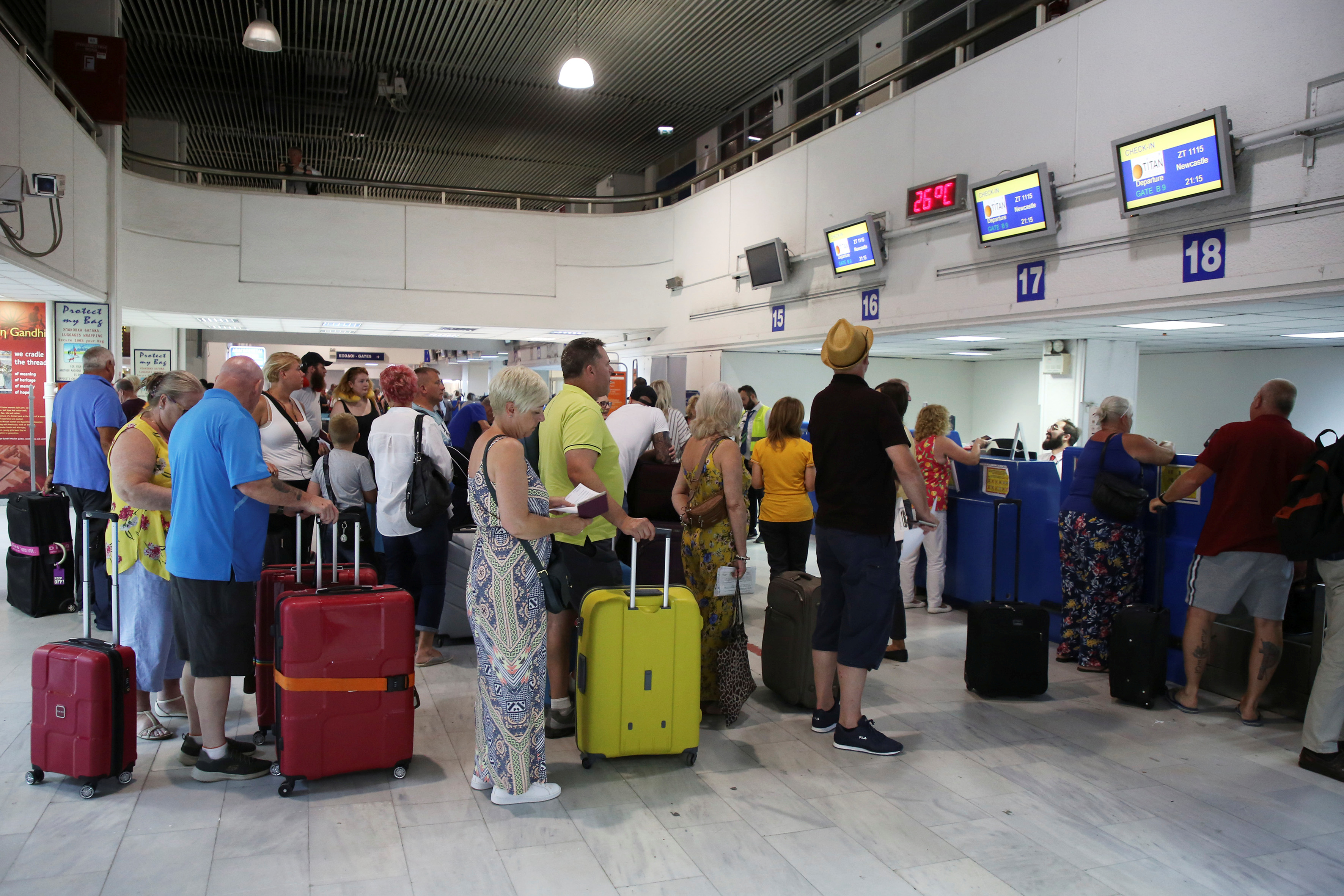 UK to repatriate 16,700 Thomas Cook customers on Saturday