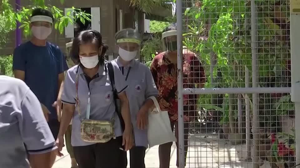 Meet Grandma Surin: one of Thailand's coronavirus heroes | Reuters Video