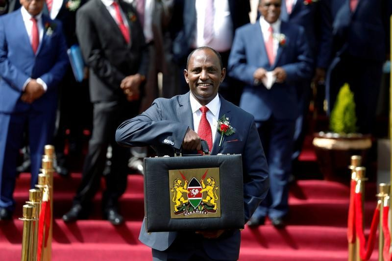 Kenya's senate breaks deadlock on revenue-sharing, averts shutdown of services