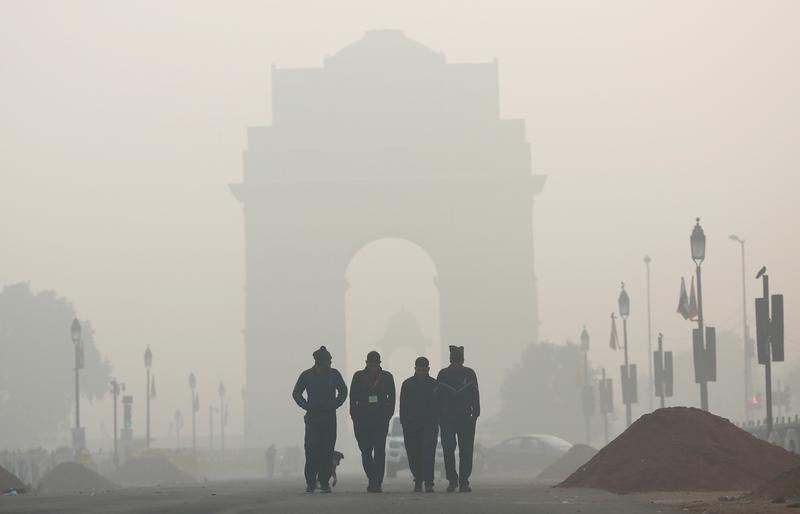 Doctors in Delhi see jump in breathing issues amid COVID-19, pollution