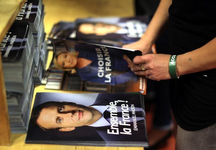 Macron punktet gegen Le Pen kurz vor Präsidentschaftswahl