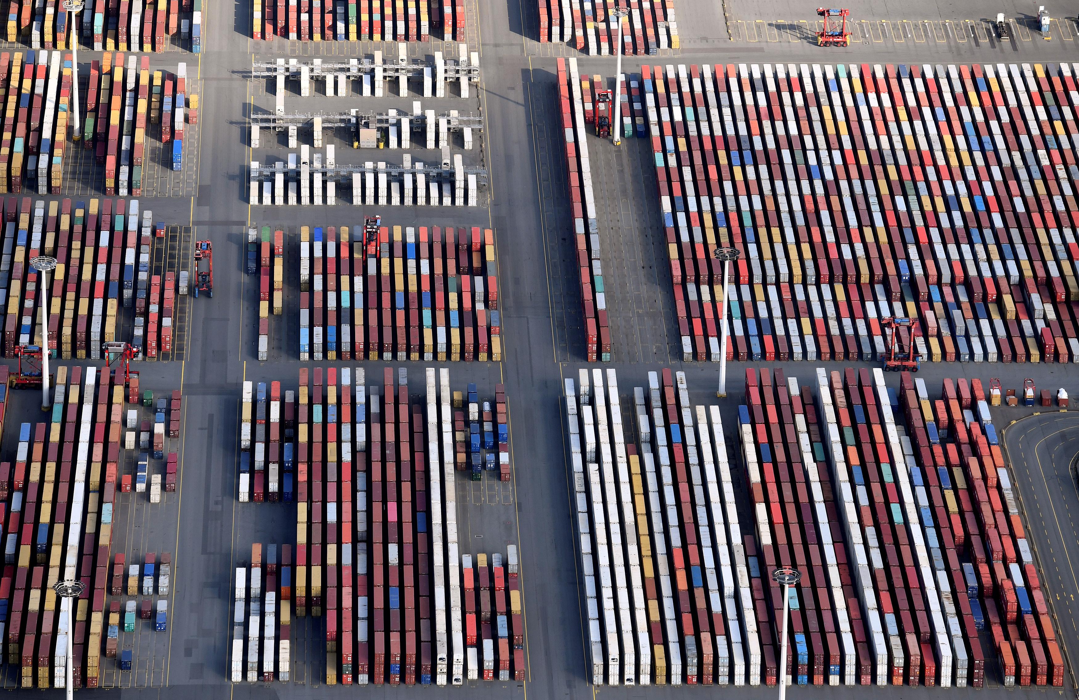 Hamburger Hafenkonzern will Container fliegen lassen