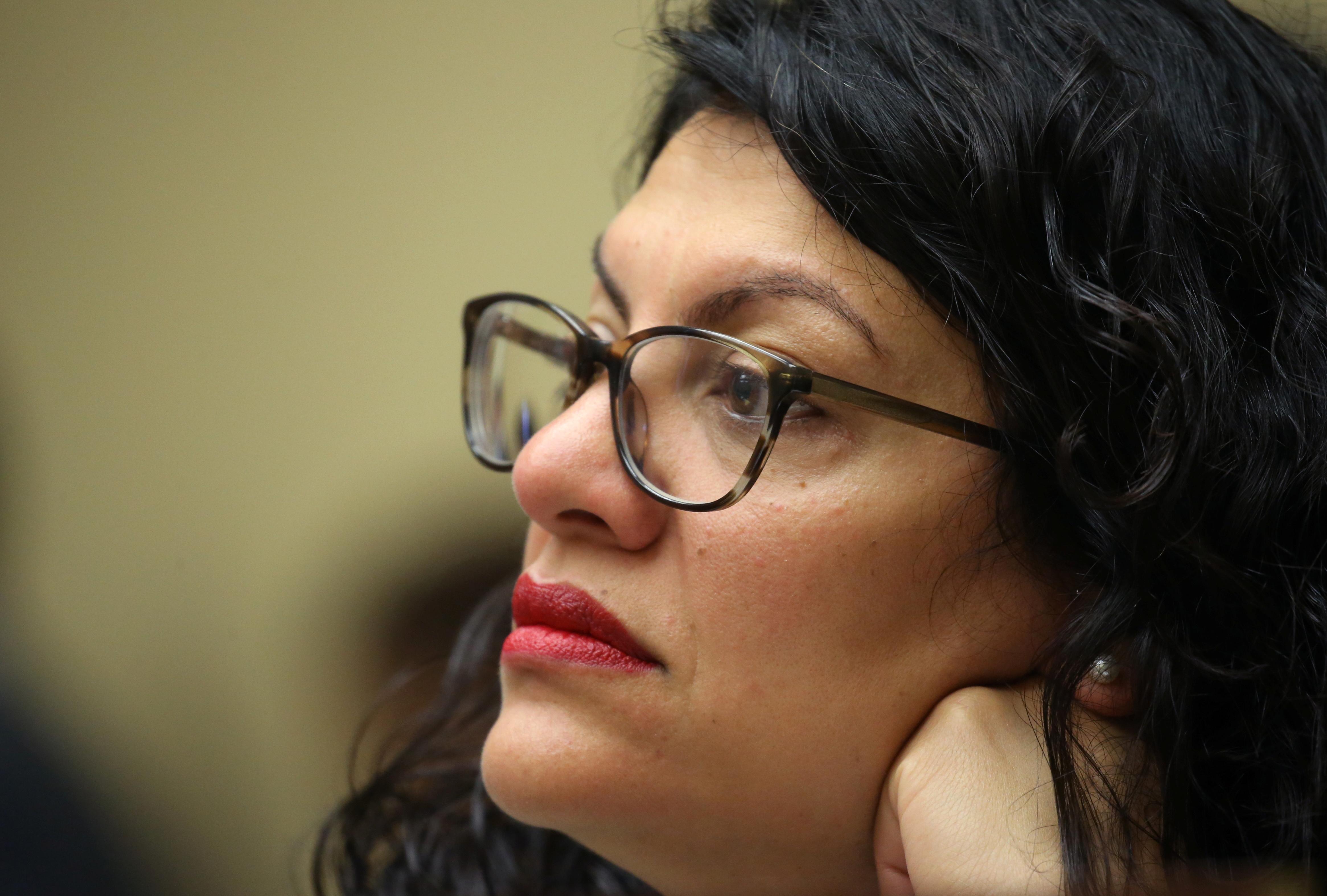 Democratic leaders back Muslim lawmaker after Holocaust comments
