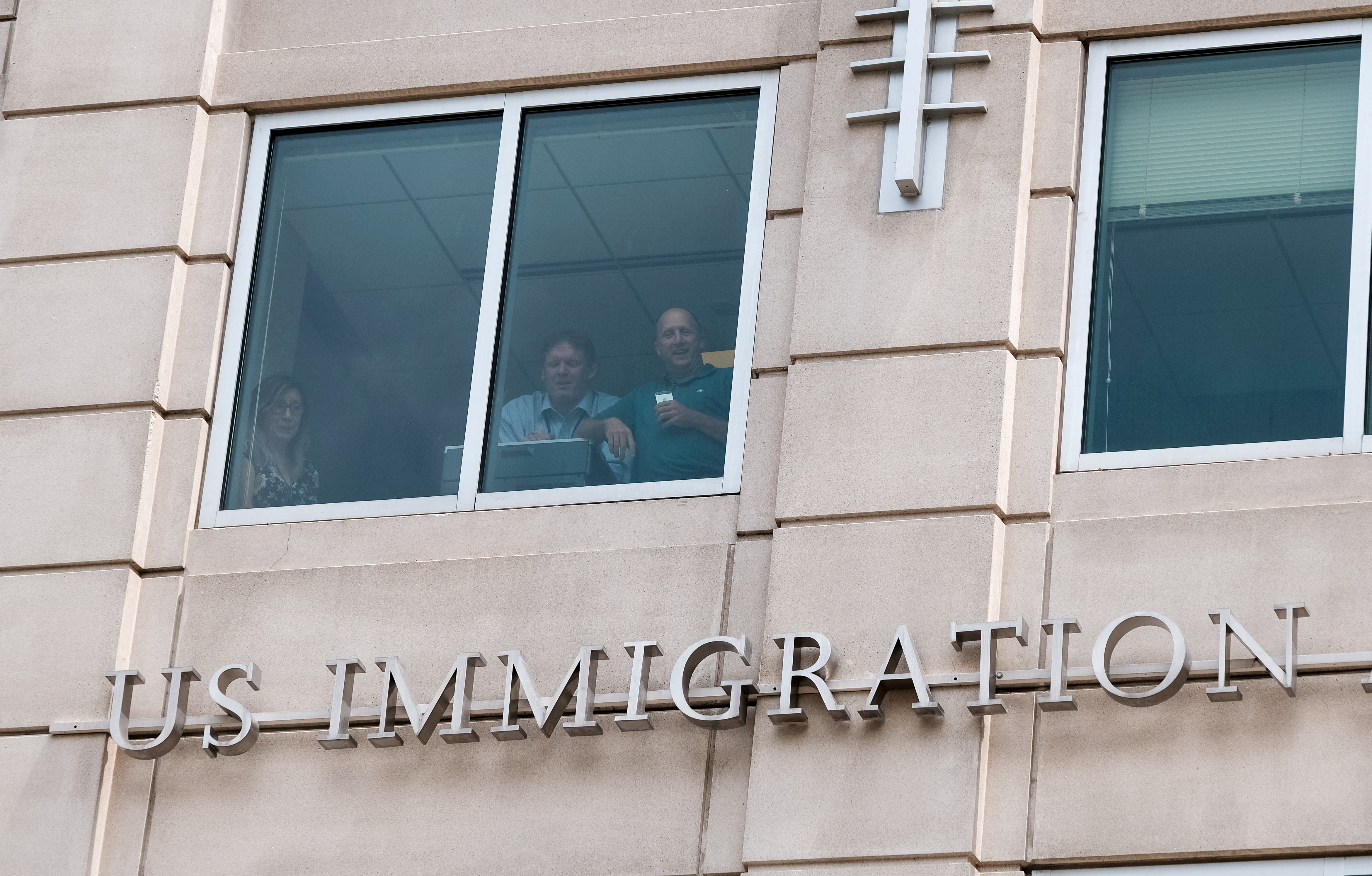 U.S. immigration action that targeted 2,100 people snared just 35