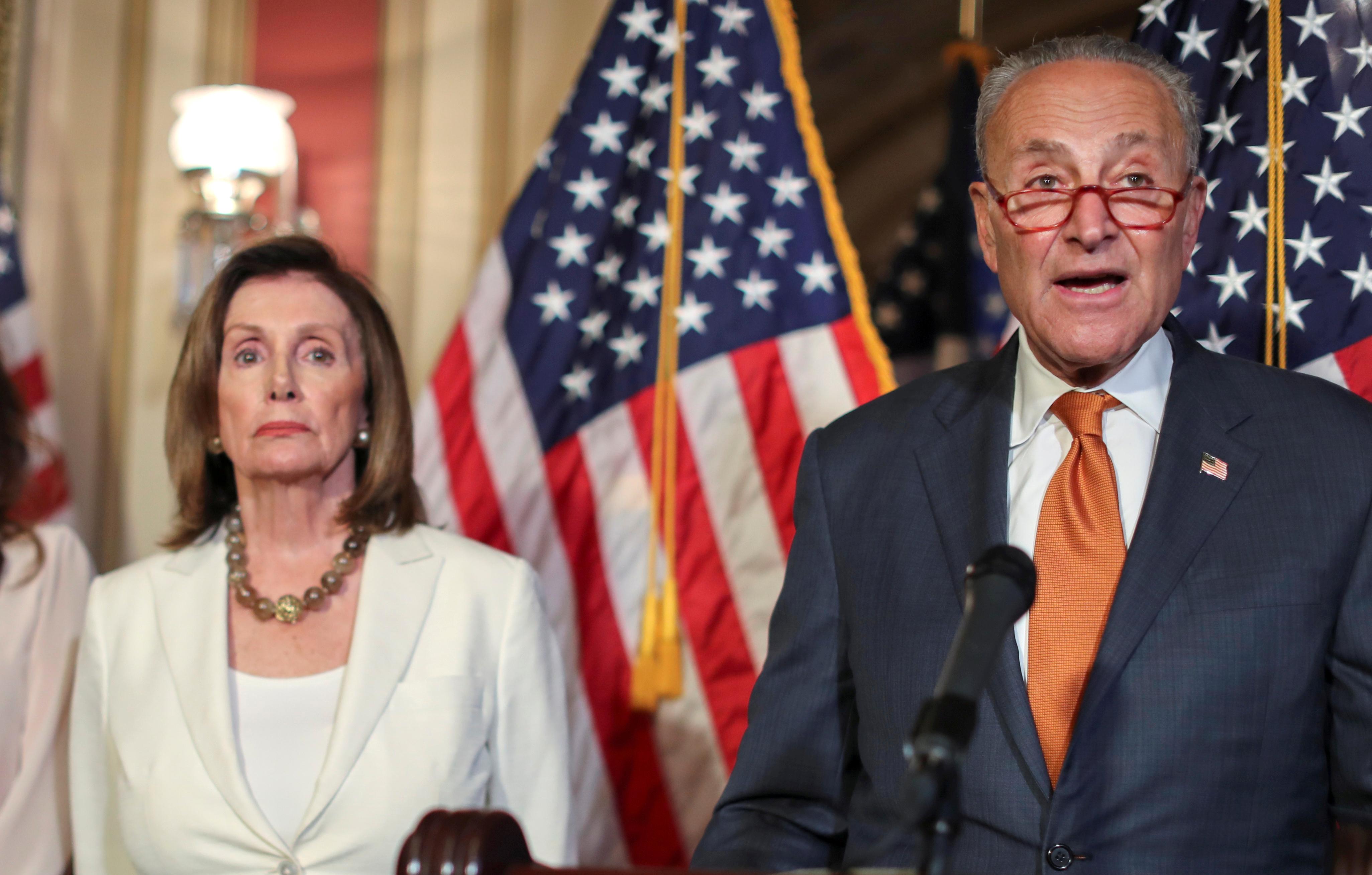 Top Democrats tell Trump gun bill must include universal background checks