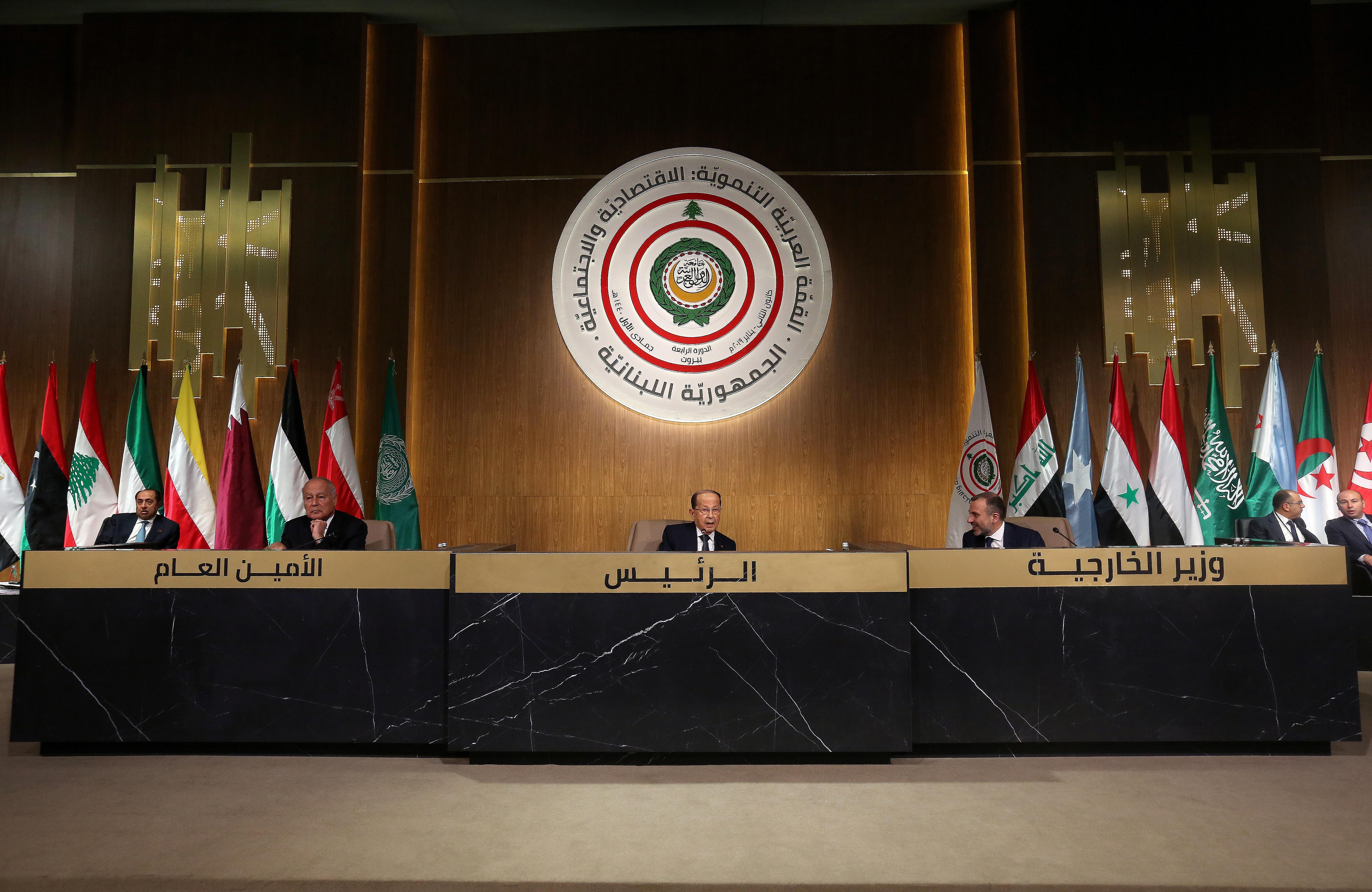 Arab economic summit in Beirut urges Syrian refugee returns