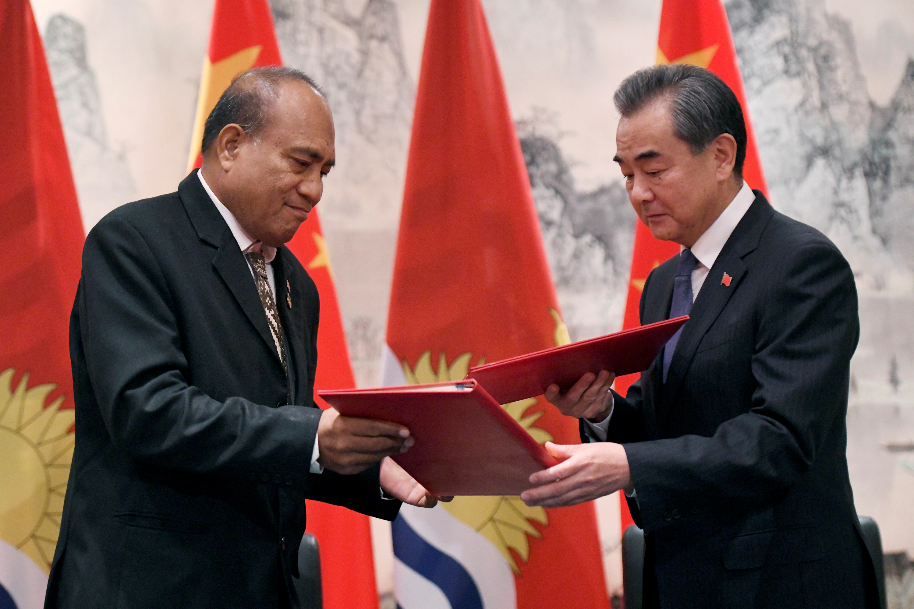 China restores ties with Kiribati, site of space tracking station