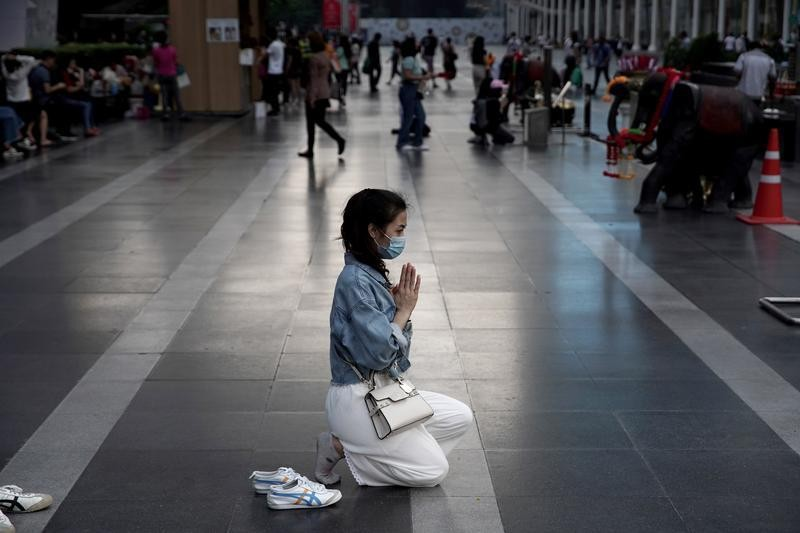 Thailand evacuates 138 from virus-hit Wuhan