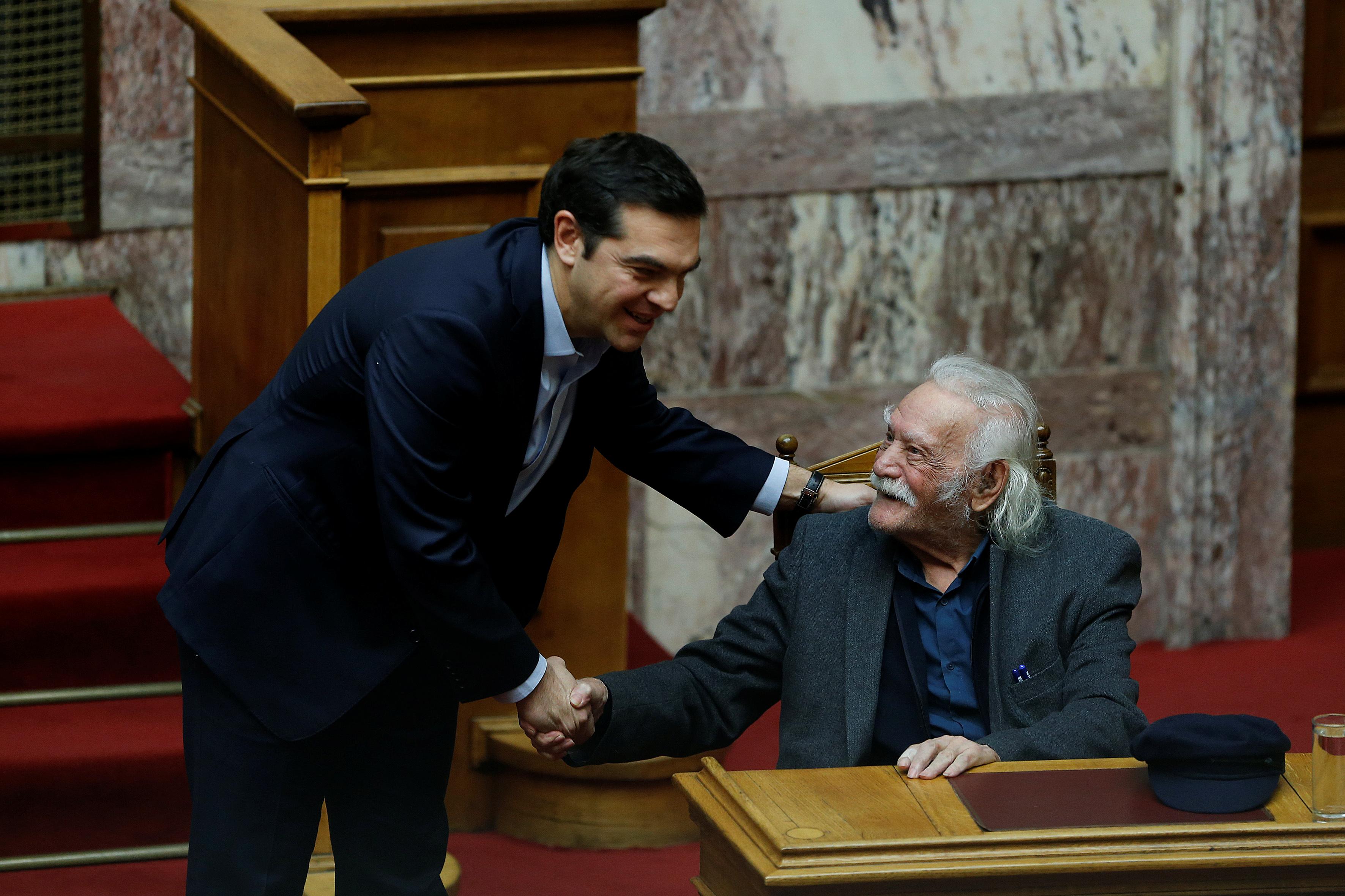 Glezos, Greek who tore swastika from Acropolis in WW2, dies aged 97