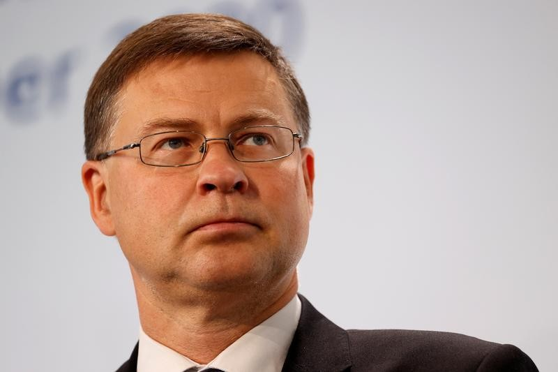 No deal Brexit not appealing, but not excluded - EU's Dombrovskis
