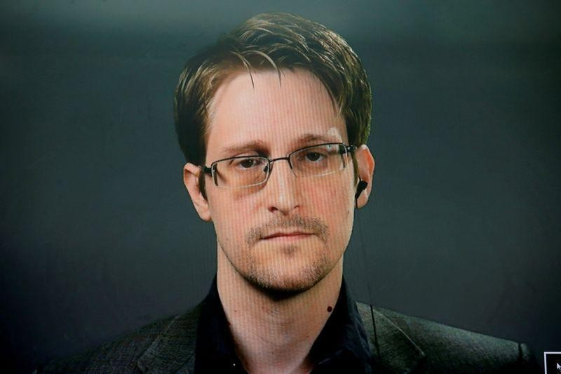 Russia gives whistleblower Edward Snowden permanent residency rights