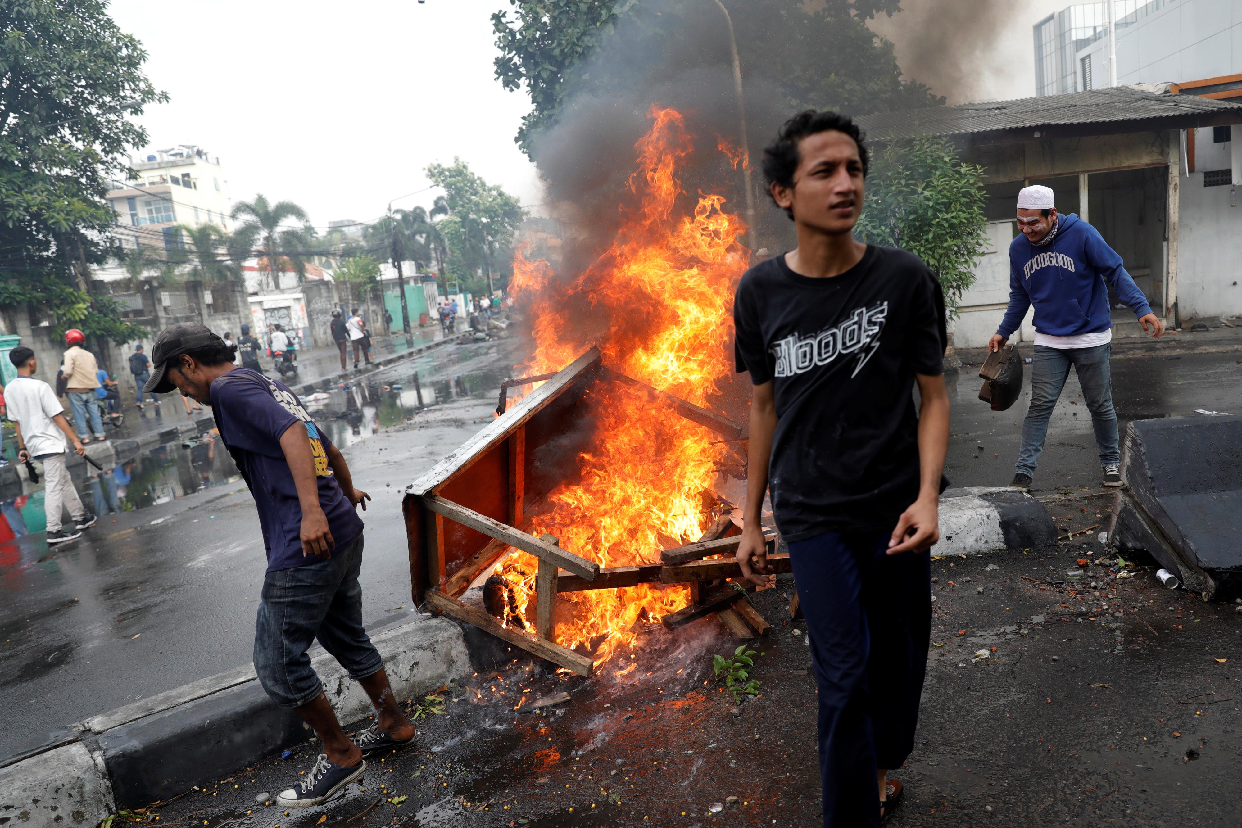 Sechs Tote bei Protesten gegen Widodo-Wiederwahl in Indonesien