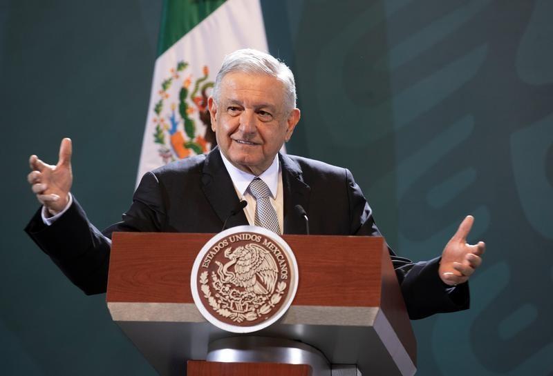 Mexican president makes economic case for risky Trump visit