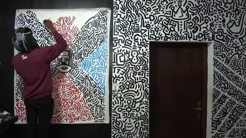 Nigerian artist creates his own abstract art form | Reuters Video