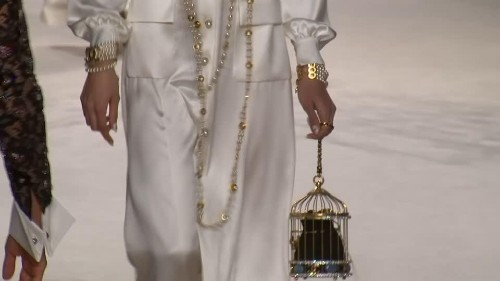 Birdcages and pearls galore at Chanel's craft-heavy fashion show | Reuters Video