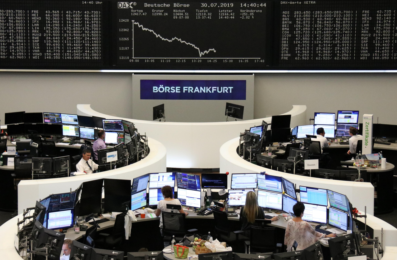 Borse Europa, indici in leggero rialzo dopo due sedute di sell-off