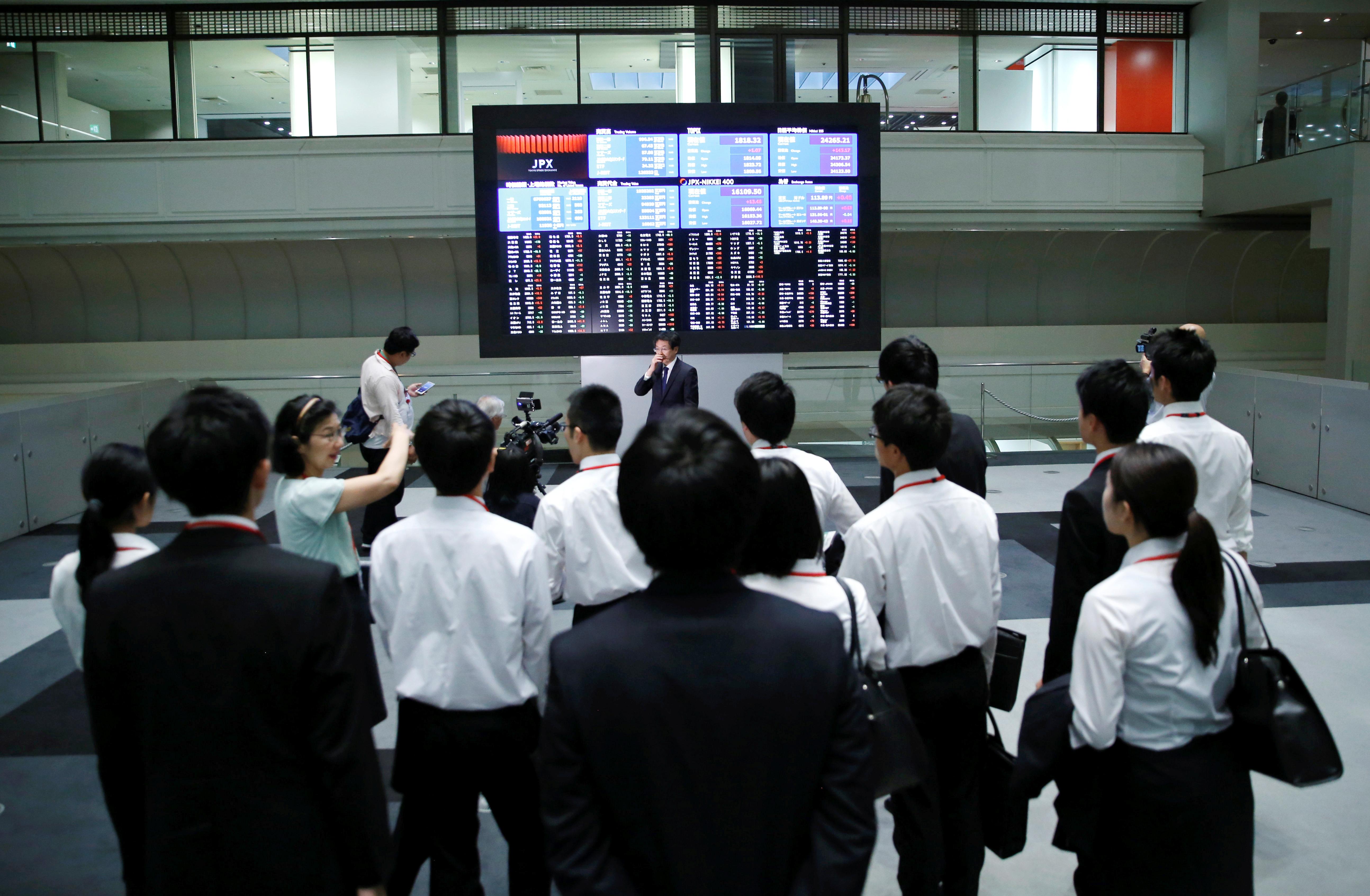 Borsa Tokyo a minimi 7 mesi su escalation tensioni Cina-Usa