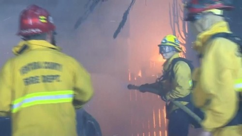 Homes burn as fires rip through Ventura County | Reuters Video