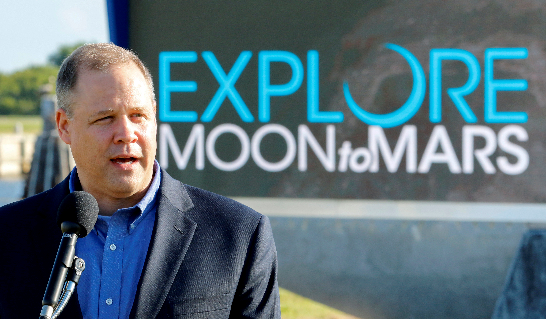 NASA boss says 'no doubt' SpaceX explosion delays flight program