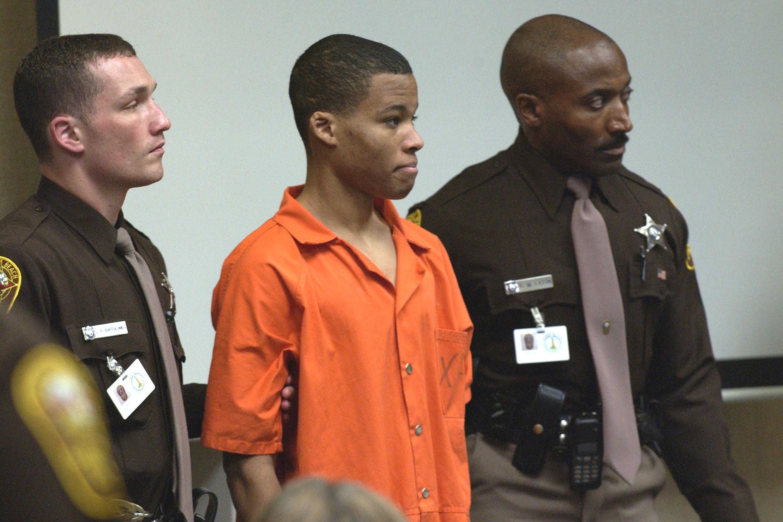 'D.C. Sniper' Malvo can seek parole after change in Virginia law