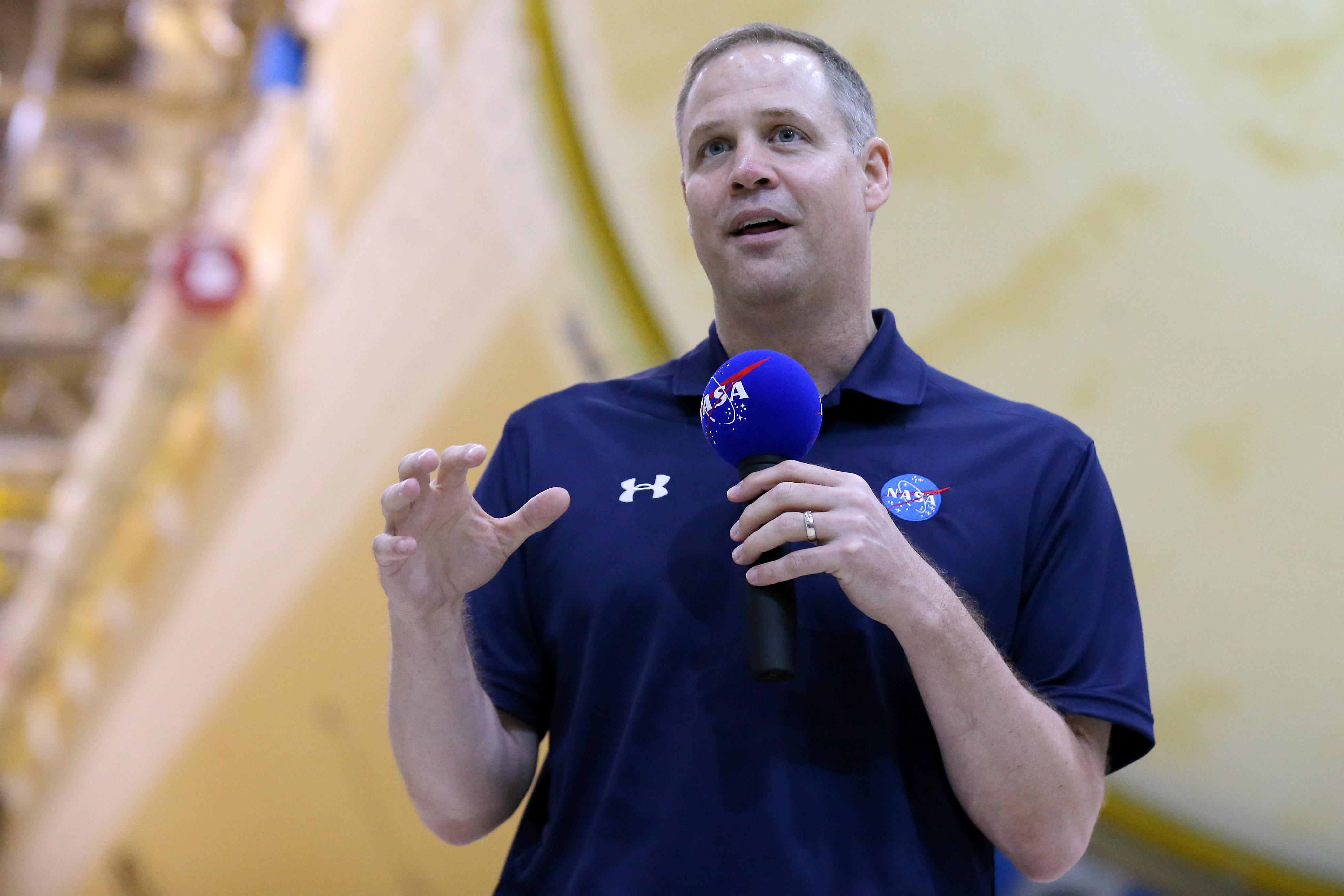 NASA chief announces Alabama facility as moon spacecraft headquarters