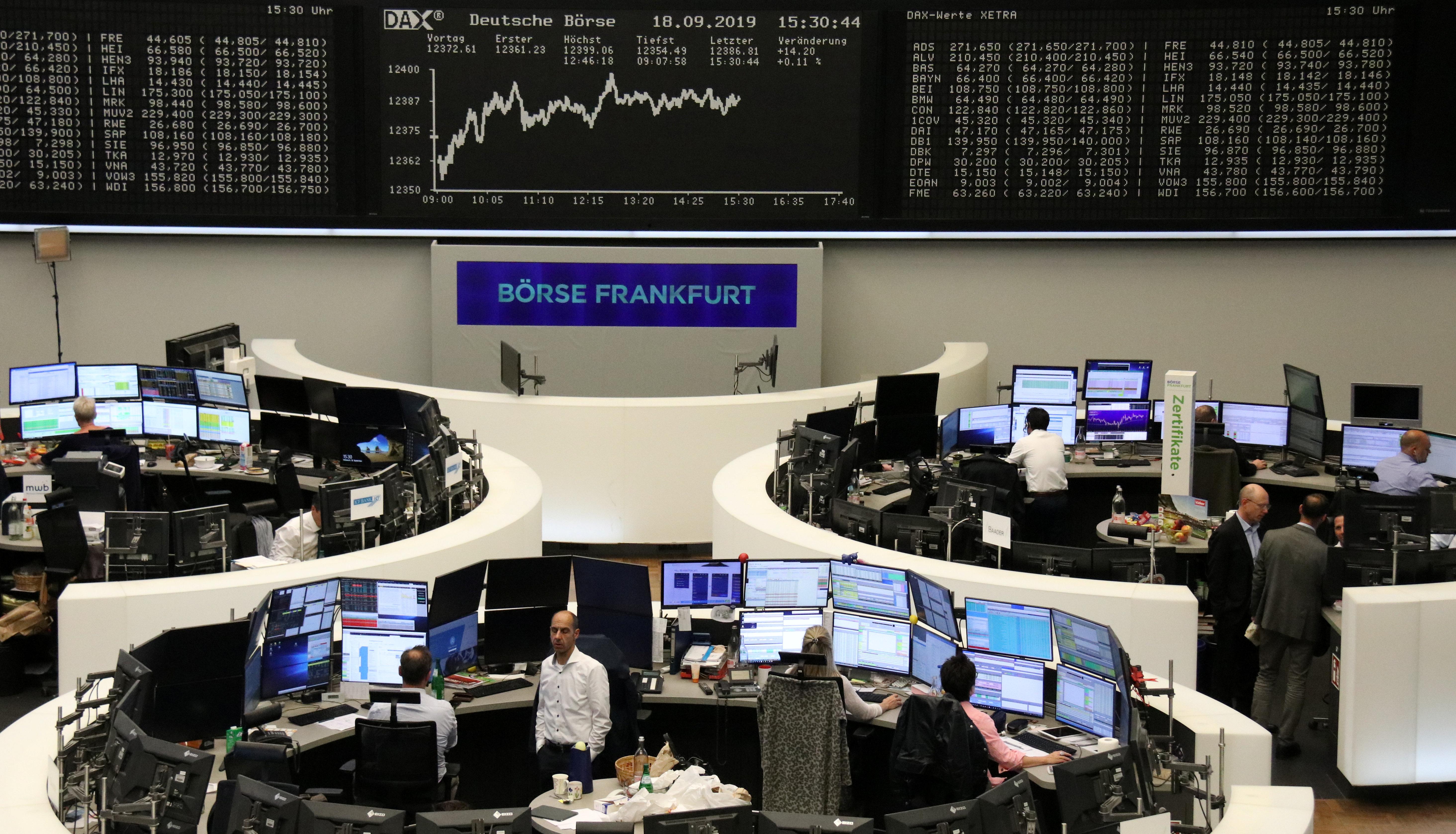 Hausse timide en Europe, baisse à Wall Street avant la Fed