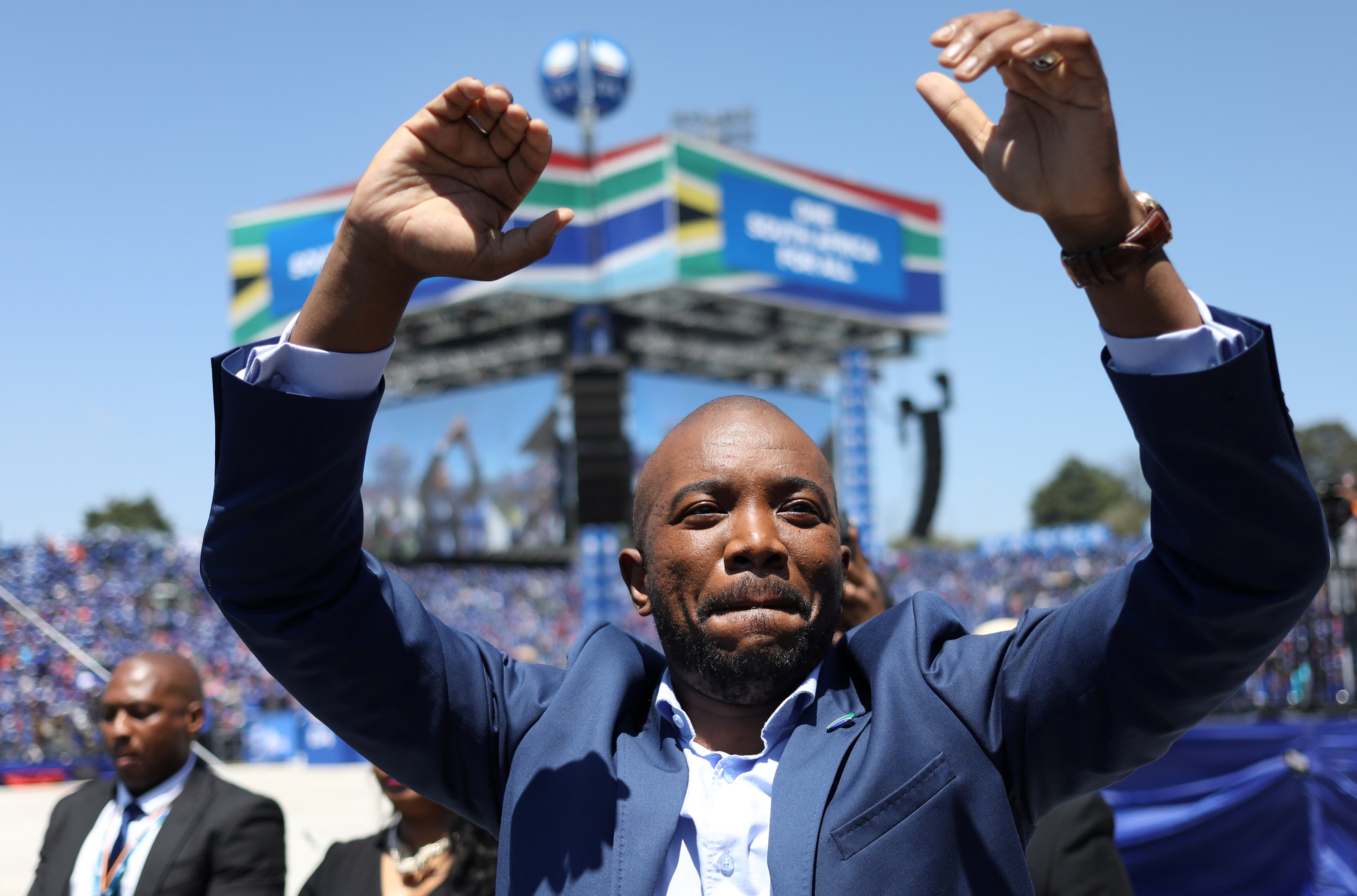 South African opposition party vows to create jobs, fight graft in manifesto