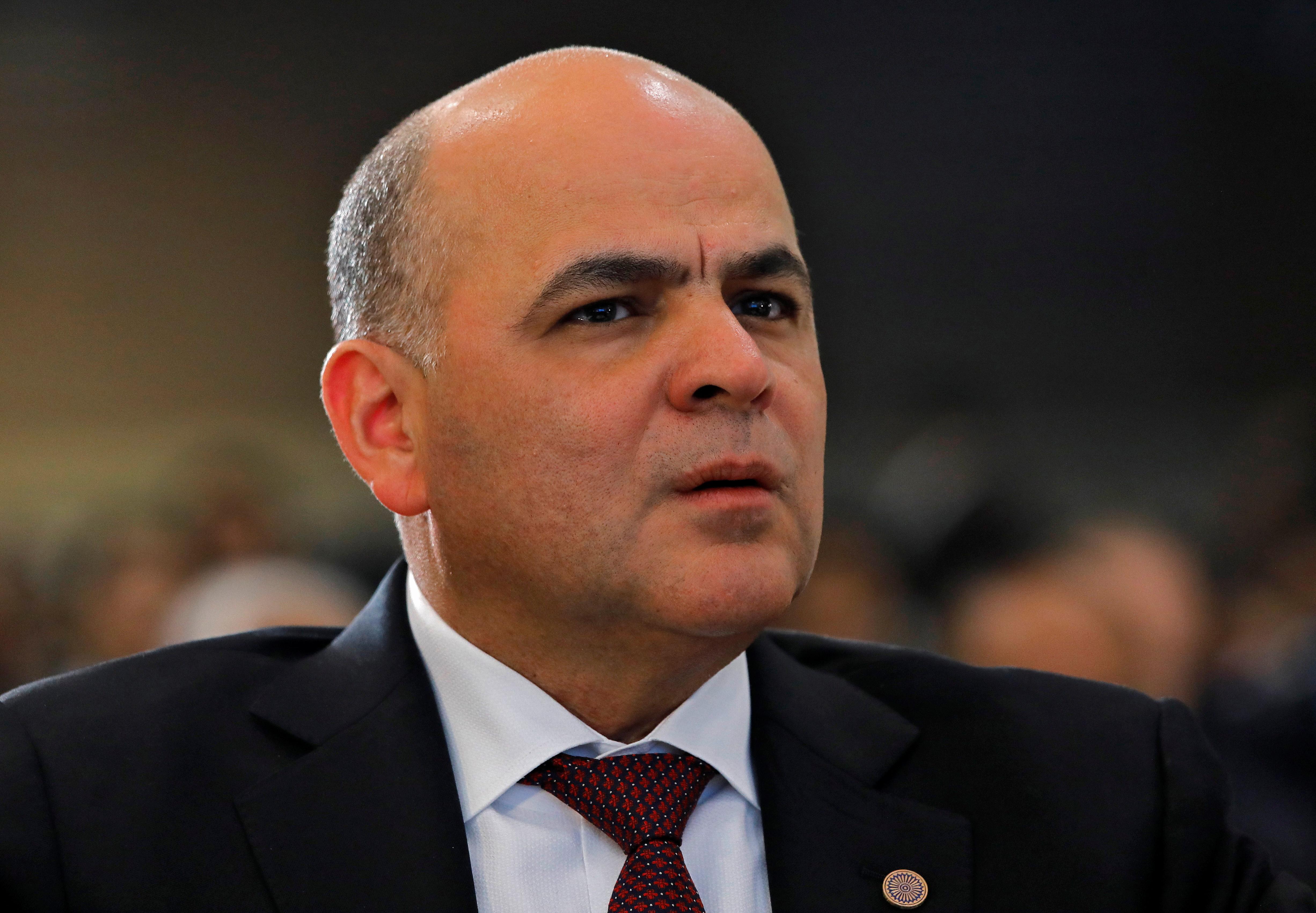 Venezuela may divert U.S.-bound oil to Rosneft, says Jose generator working