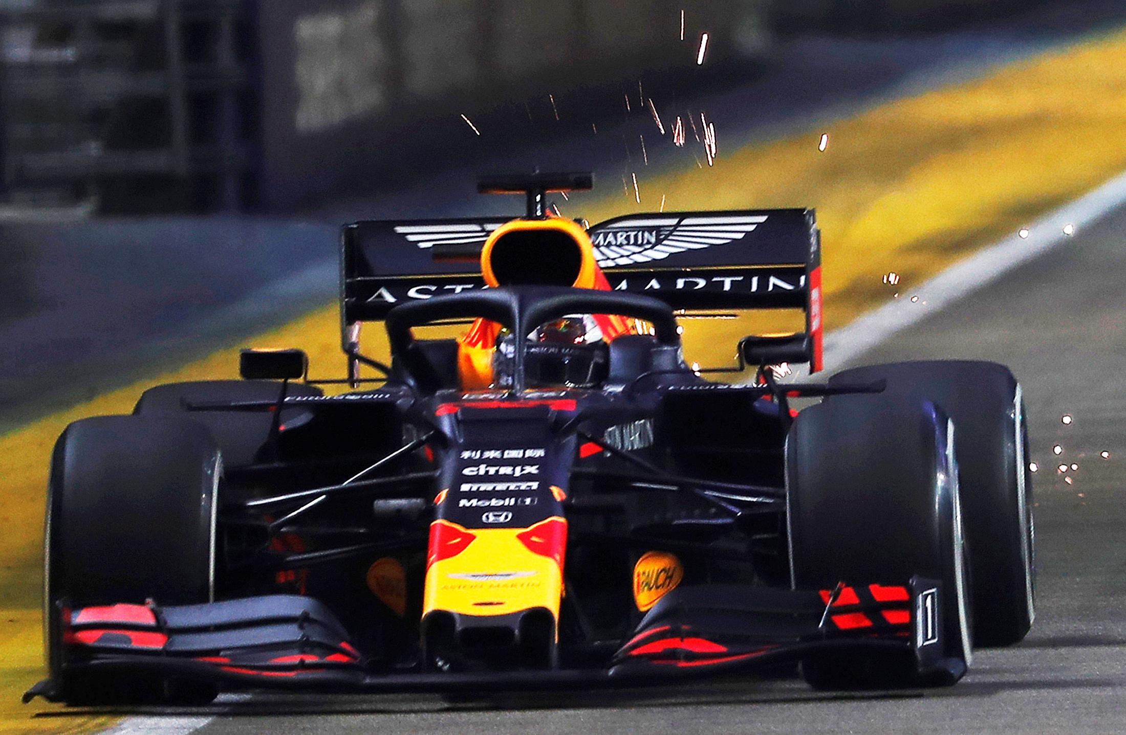 Motor racing: Hamilton edges Verstappen in Singapore practice