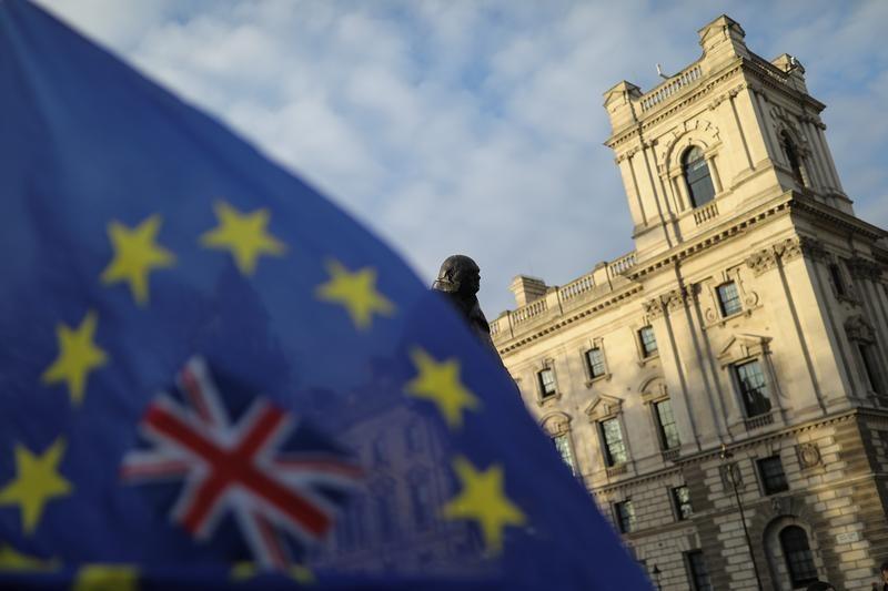 EU, Britain agree to resume trade talks after week-long hiatus