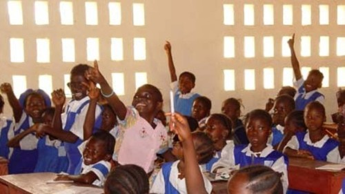 Sierra Leone overturns ban on pregnant girls attending school