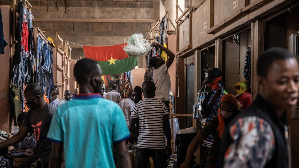 Les Burkinabè font leur bilan de 60 années d'indépendance
