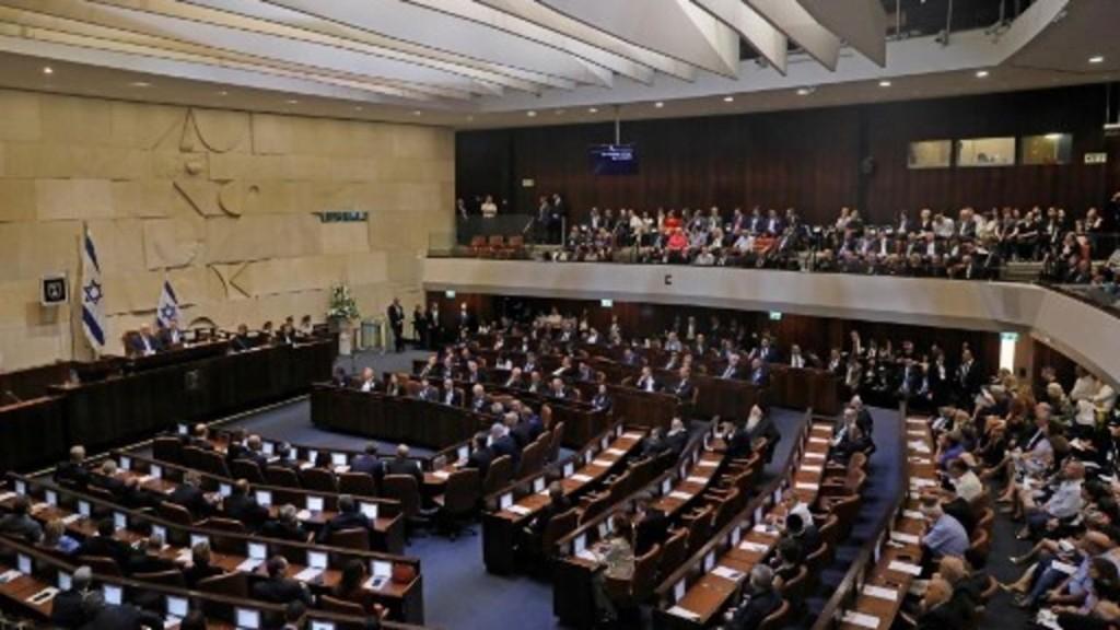 Israël: les partis de la coalition se déchirent à la Knesset