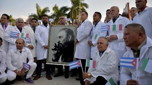 Francia acepta el envío de médicos cubanos a sus departamentos de ultramar