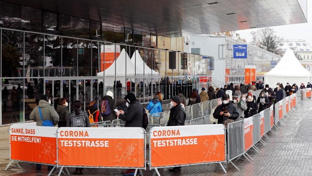 Autriche: les Viennois se rendent en masse dans les centres pour se faire dépister
