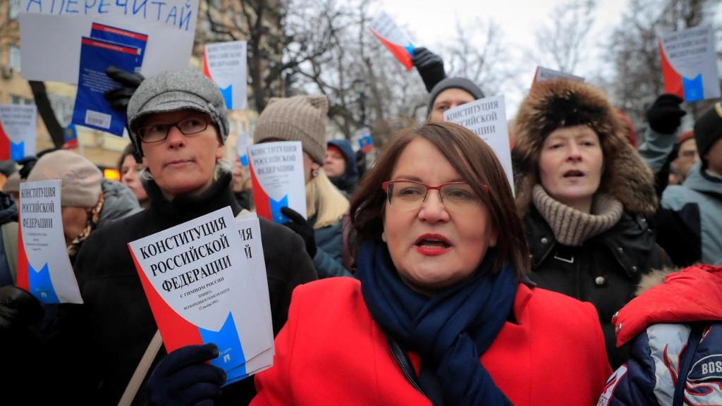 У сотрудников «Открытой России» и «МБХ медиа» провели обыски