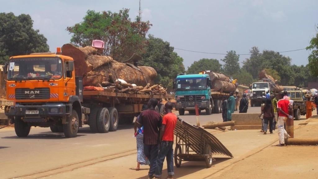 Coronavirus: les routiers reprennent du service sur l'axe Cameroun-Centrafrique
