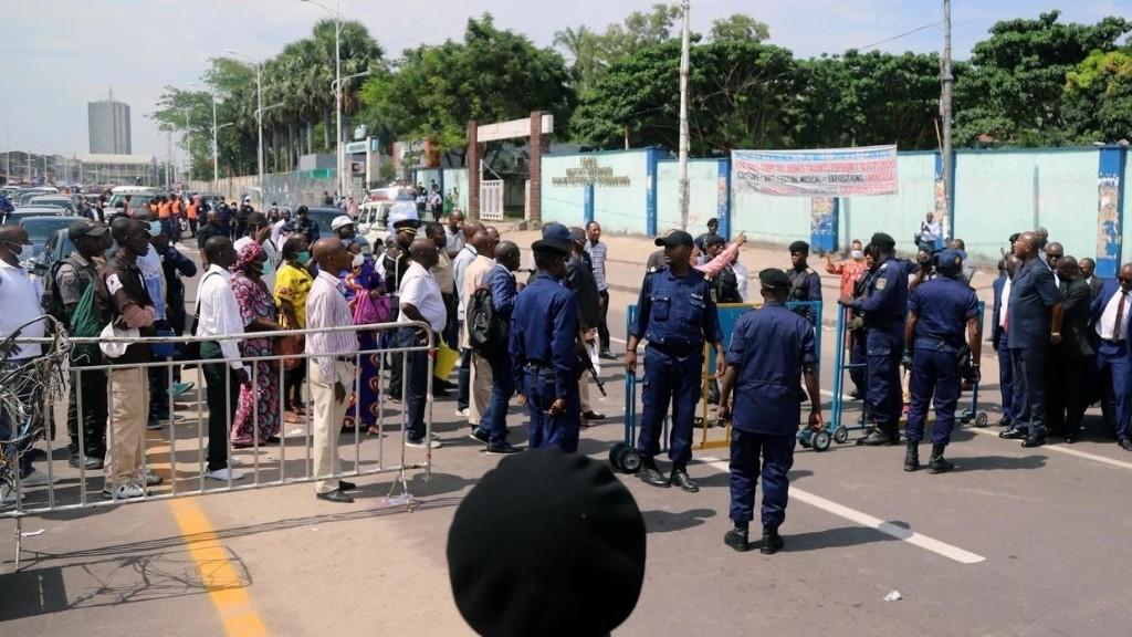 RDC: la commune de la Gombe coupée du monde avec une police intransigeante