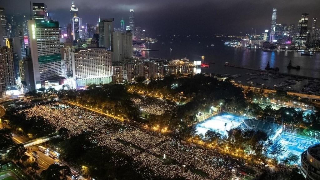 Hong Kong: la veillée pour Tianamen interdite, une première en 30 ans