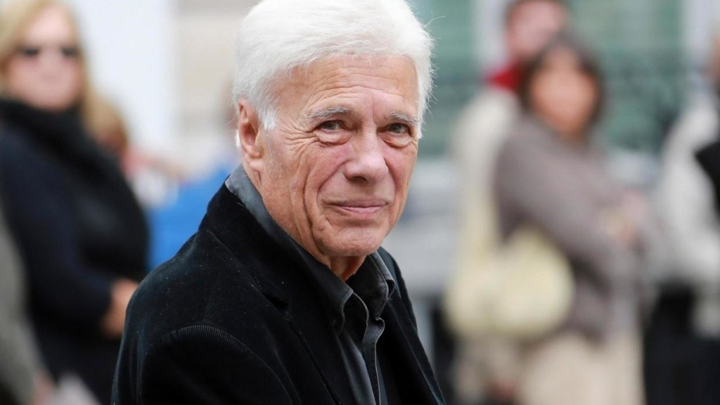 French comedian and icon of the 'couscous left-wing' Guy Bedos dies, aged 85