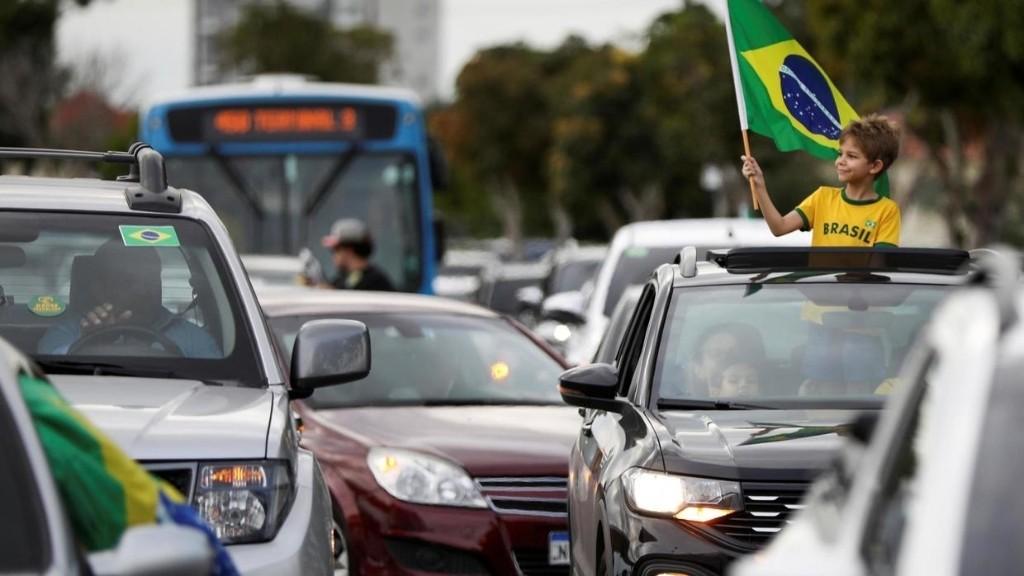 Coronavirus: la justice brésilienne interdit au gouvernement de prôner le non-confinement