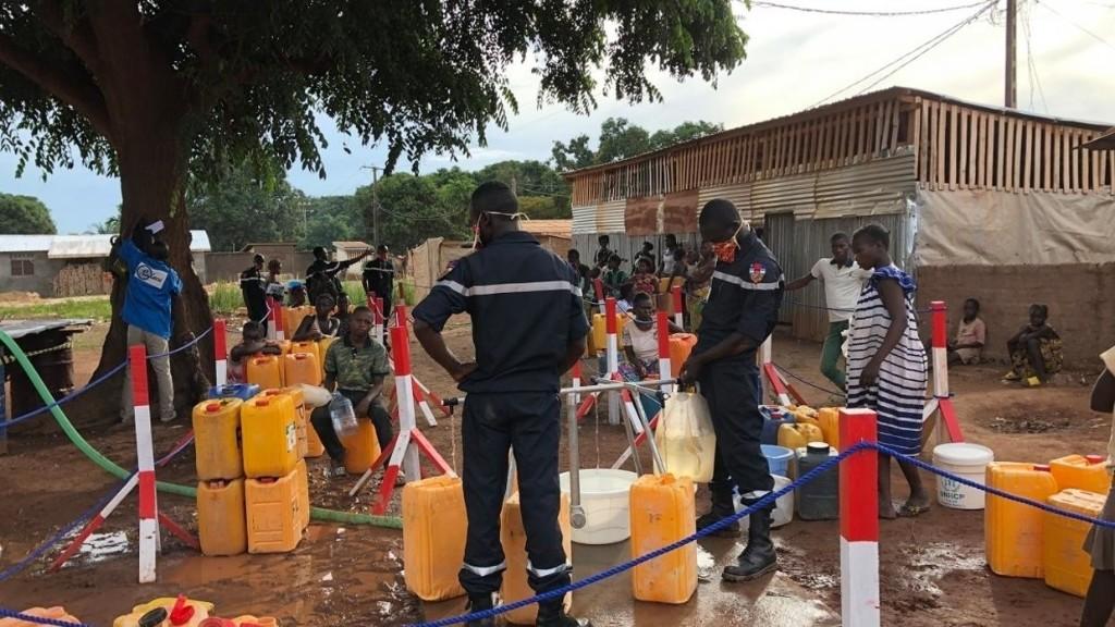 Reportage Afrique - Coronavirus: à Bangui, l'accès à l'eau devient prioritaire