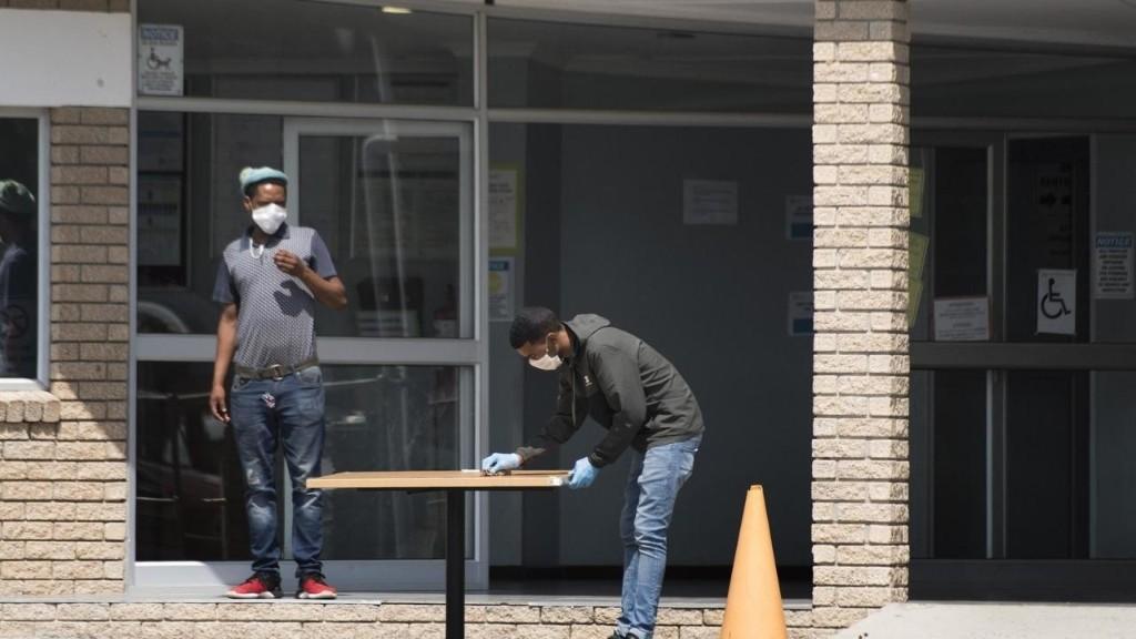 Afrique du Sud: flambée de nouveaux cas de coronavirus