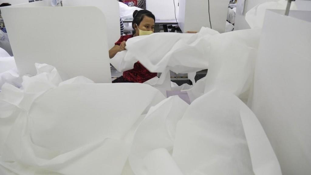 Reportage international - Birmanie: le coronavirus fragilise l'industrie du textile