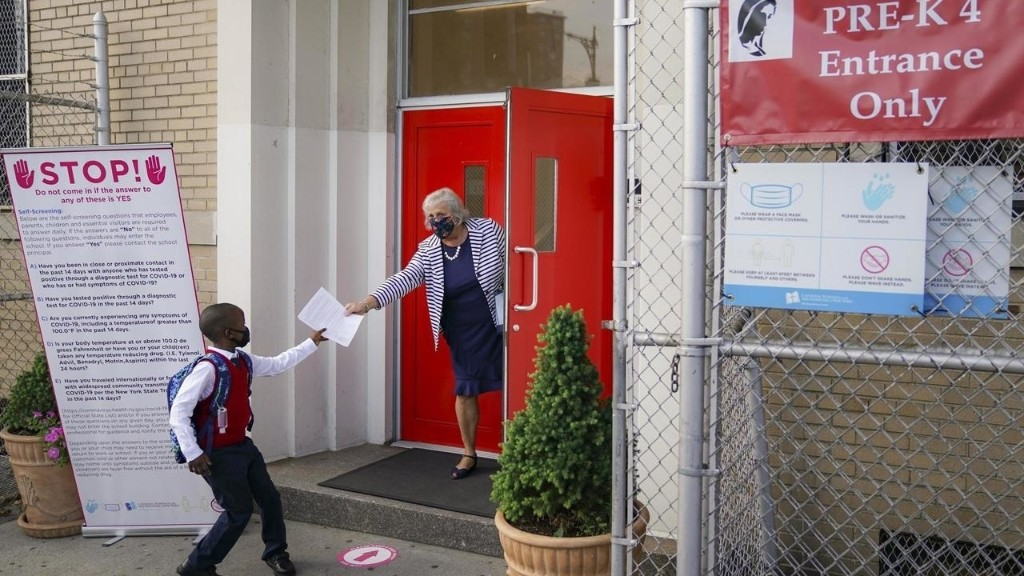 Coronavirus: les écoles maternelles de New York rouvrent leurs portes