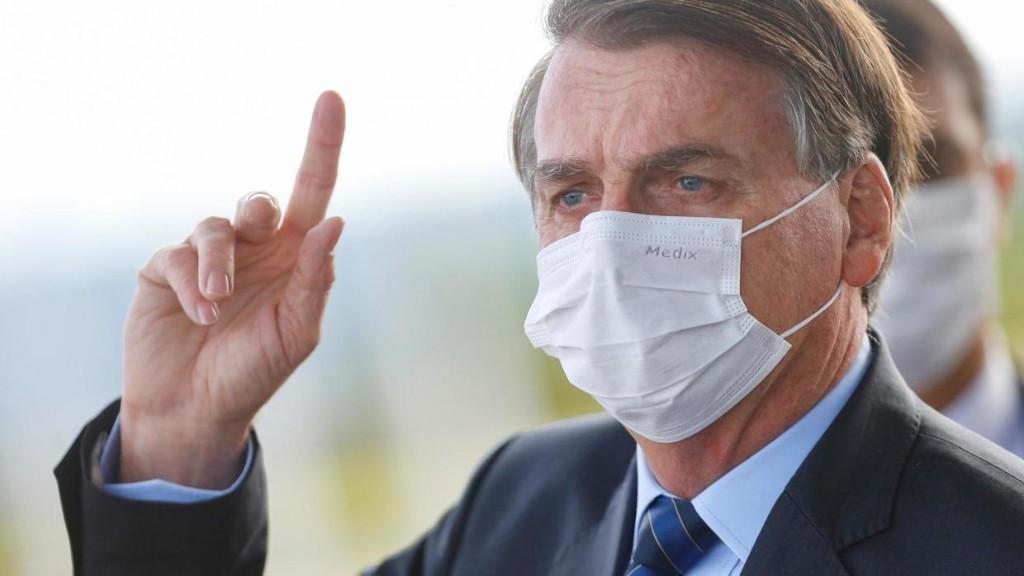 Brésil: trois grands médias boycottent les points de presse de Bolsonaro
