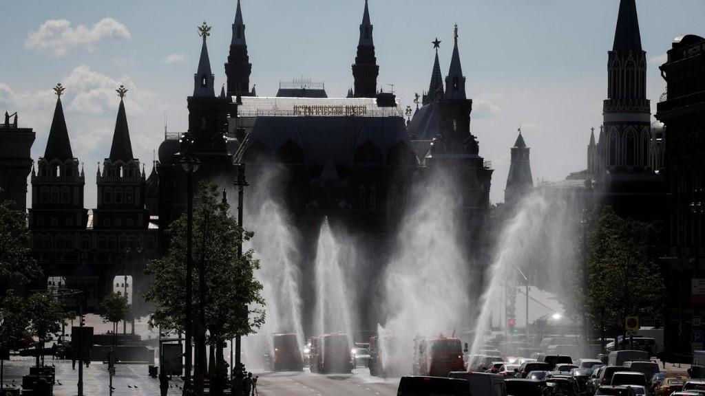 Coronavirus: Moscou amorce un assouplissement de ses règles de confinement